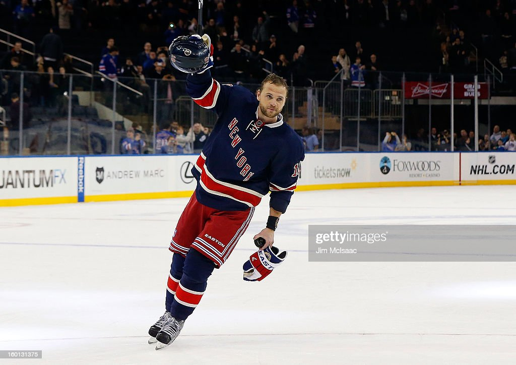<a gi-track='captionPersonalityLinkClicked' href=/galleries/search?phrase=Marian+Gaborik&family=editorial&specificpeople=202477 ng-click='$event.stopPropagation()'>Marian Gaborik</a> #10 of the New York Rangers acknowledges the crowd after he was named star of the game against the Toronto Maple Leafs at Madison Square Garden on January 26, 2013 in New York City.