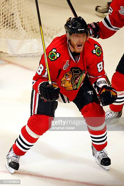 Marian Hossa of the Chicago Blackhawks celebrates his second period goal while taking on the Philadelphia Flyers in Game Two of the 2010 NHL Stanley...