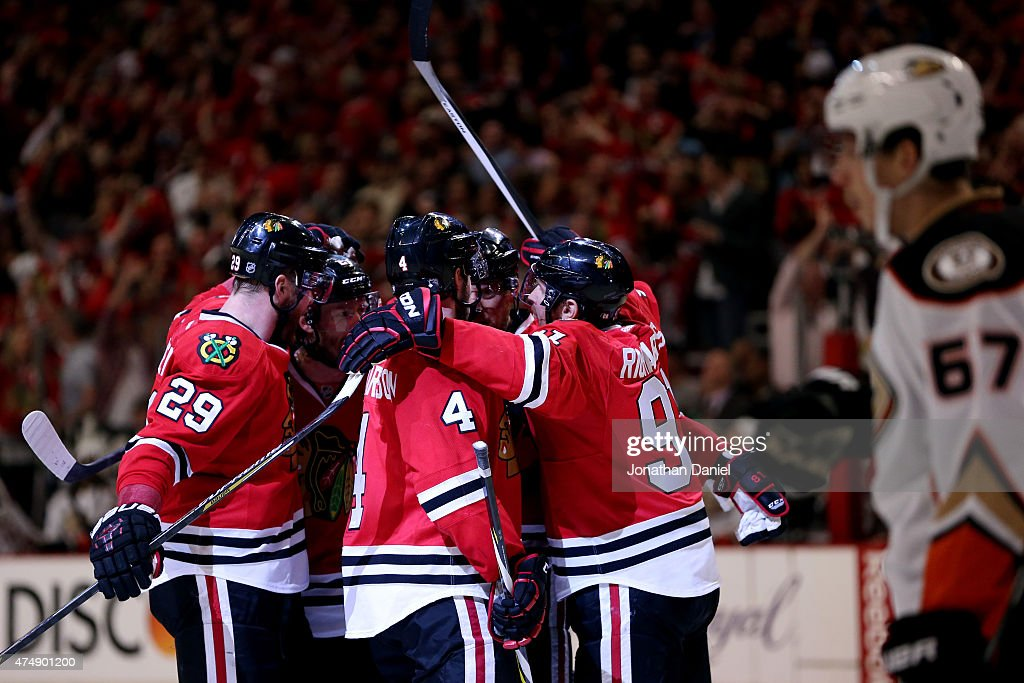 <a gi-track='captionPersonalityLinkClicked' href=/galleries/search?phrase=Marian+Hossa&family=editorial&specificpeople=202233 ng-click='$event.stopPropagation()'>Marian Hossa</a> #81 of the Chicago Blackhawks celebrates with teammates after scoring a second period goal against the Anaheim Ducks in Game Six of the Western Conference Finals during the 2015 NHL Stanley Cup Playoffs at the United Center on May 27, 2015 in Chicago, Illinois.