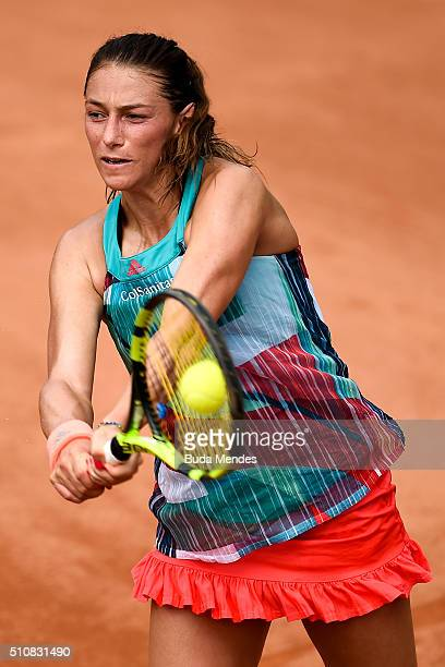 Mariana DuqueMarino of Colombia returns a shot to Francesca Schiavone of Italy during the Rio Open Day 3 at Jockey Club Brasileiro on February 17...