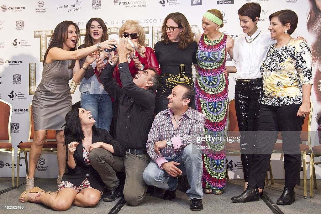 Mariana Trevino, Irene Azuela, Rebeca Jones, Silvia Pinal, Eduardo Espana, Laura Imperial, Francisco Franco, Cecilia Suarez and Maria Rene Prudencio pose during a press conference of te Mexican film Tercera Llamada at the Maria Isabel Sheraton Hotel on September 30, 2013 in Mexico City, Mexico.