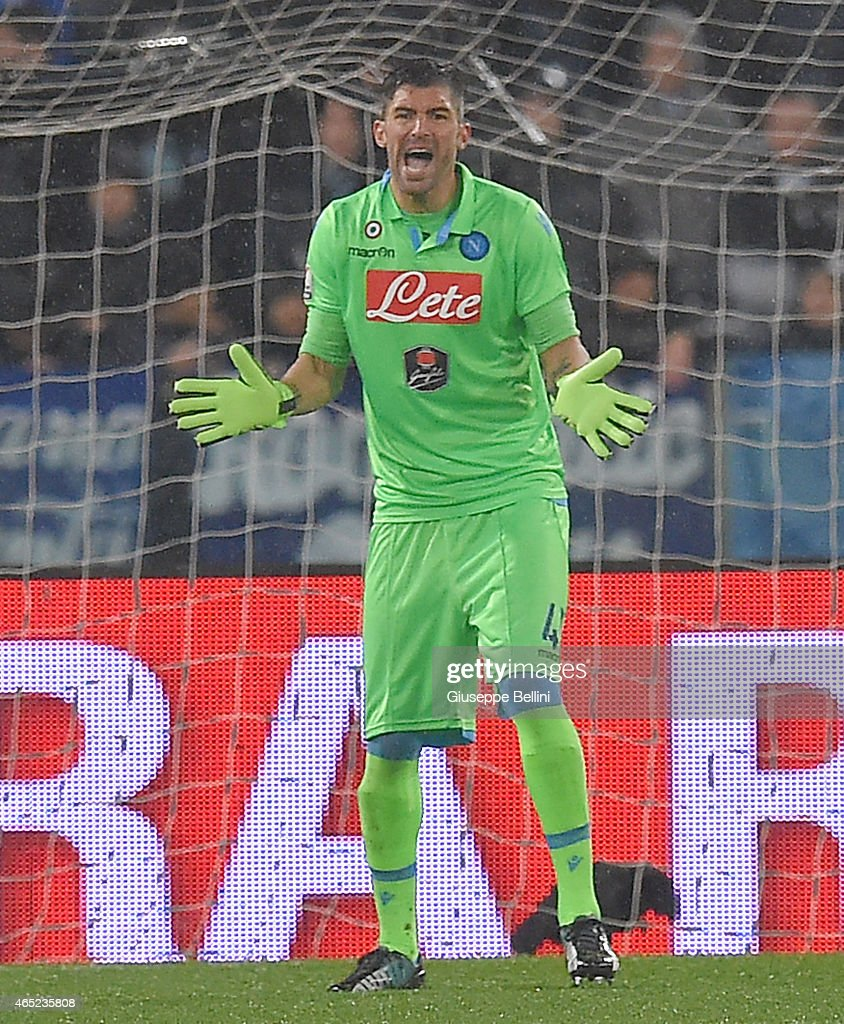 <a gi-track='captionPersonalityLinkClicked' href=/galleries/search?phrase=Mariano+Andujar&family=editorial&specificpeople=804546 ng-click='$event.stopPropagation()'>Mariano Andujar</a> of SSC Napoli during the TIM Cup match between SS Lazio and SSC Napoli at Stadio Olimpico on March 4, 2015 in Rome, Italy.