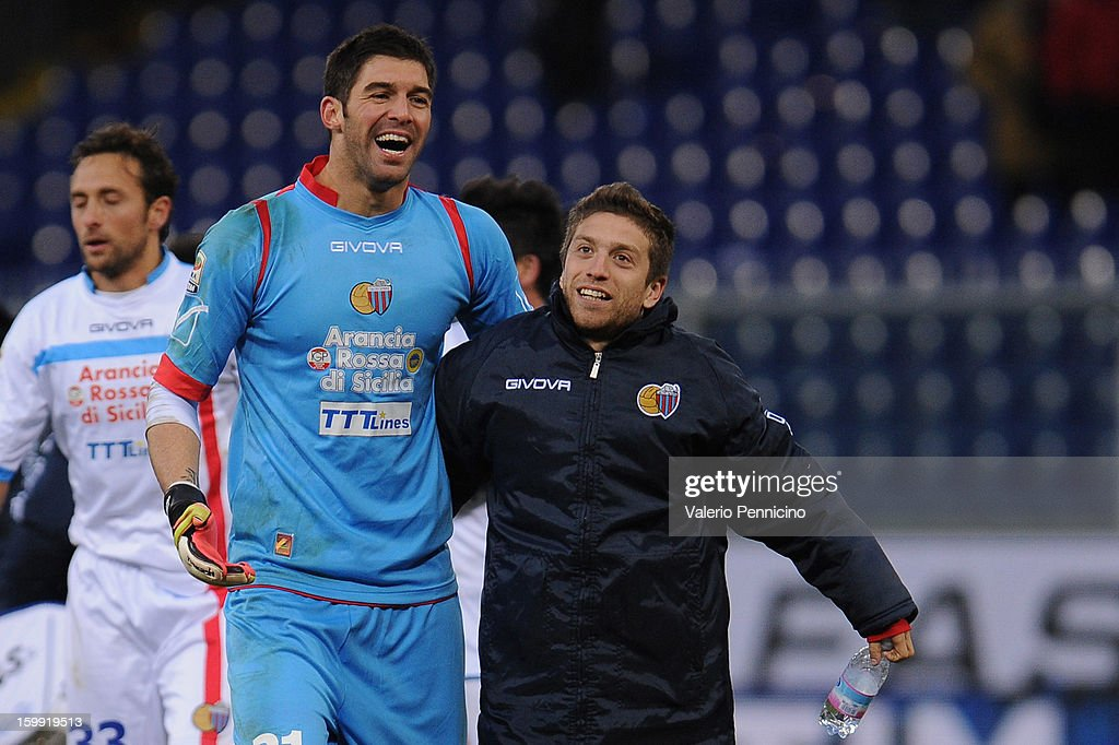 Mariano Gonzalo Andujar (L) and Gonzalo Ruben Bergessio of Calcio Catania celebrate victory at the end of the Serie A match between Genoa CFC and Calcio Catania at Stadio Luigi Ferraris on January 20, 2013 in Genoa, Italy.