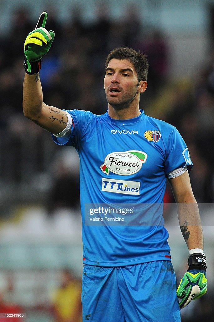 Mariano Gonzalo Andujar of Calcio Catania reacts during the Serie A match between Torino FC and Calcio Catania at Stadio Olimpico di Torino on November 24, 2013 in Turin, Italy.
