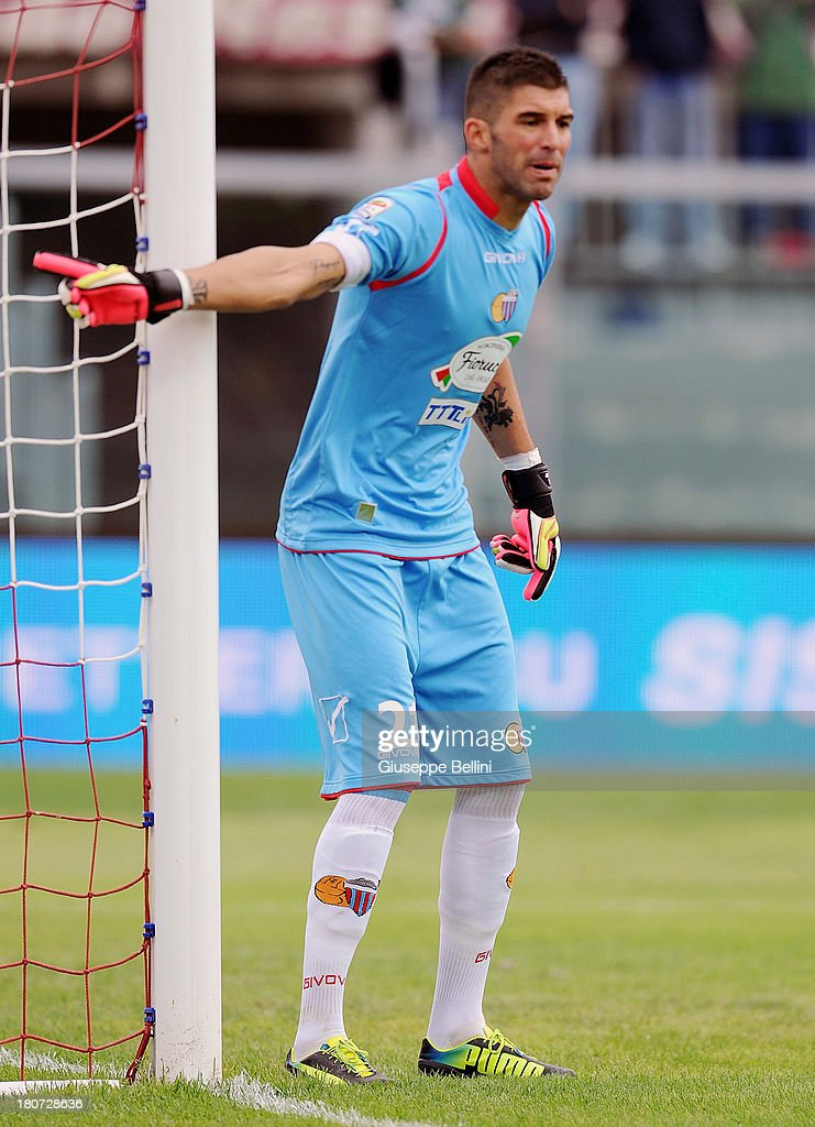 Mariano Gonzalo Andujar of Catania in action during the Serie A match between AS Livorno Calcio and Calcio Catania at Stadio Armando Picchi on September 15, 2013 in Livorno, Italy.