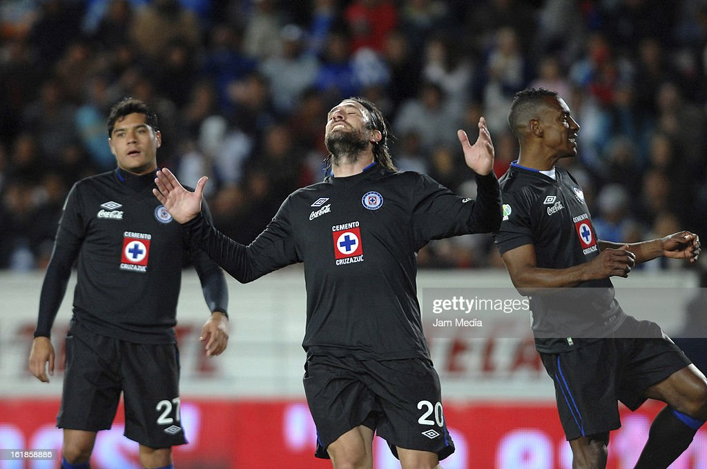 Mariano Pavone of Cruz Azul laments during the Clausura 2013 Liga MX at Hidalgo Stadium on February 16, 2013 in Pachuca, Mexico.