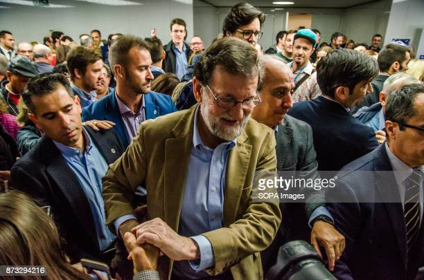 Mariano Rajoy greets supporters after the rally of the Popular Party of catalonia ends The Popular Party of Catalonia has counted with the presence...