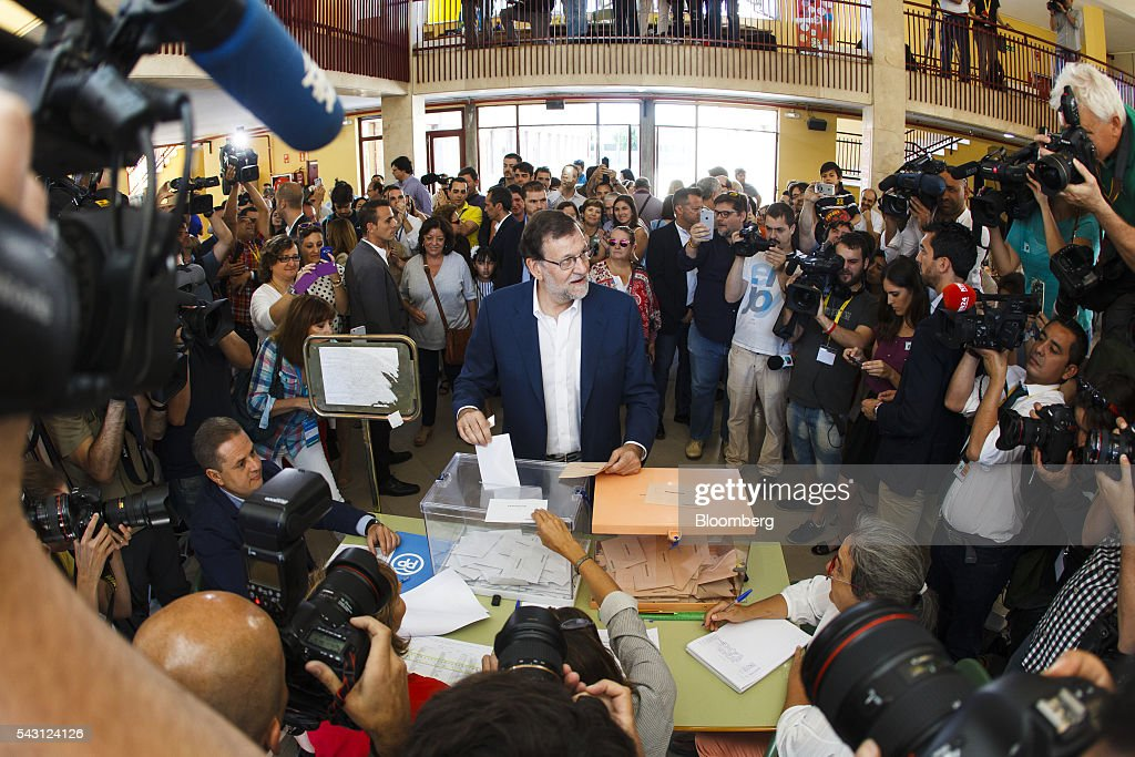 Mariano Rajoy, Spain's acting Prime Minister, casts his ballot in the Spanish general election in Madrid, Spain, on Sunday, June 26, 2016. Spaniards began voting on Sunday in the second election in six months as the U.K. decision to leave the European Union adds to the uncertainty as the nation seeks to break a political deadlock. Photographer: Angel Navarrete/Bloomberg via Getty Images