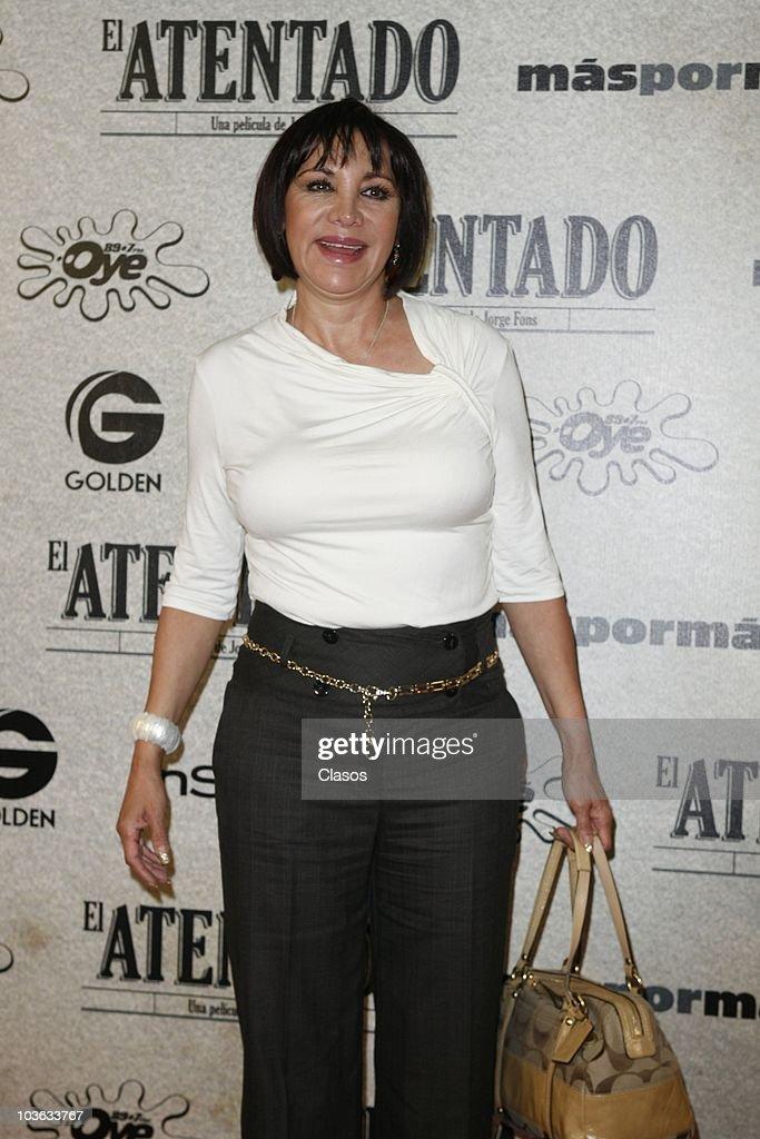 Maribel Fernandez La Pelangocha poses for a photo at the red carpet of the premiere of the movie El Atentado at Teatro Metropolitan on August 24, 2010 in Mexico City, Mexico.