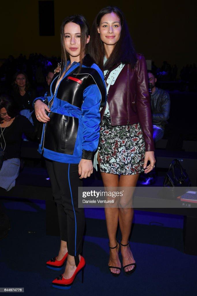Versace - Front Row - Milan Fashion Week Fall/Winter 2017/18
