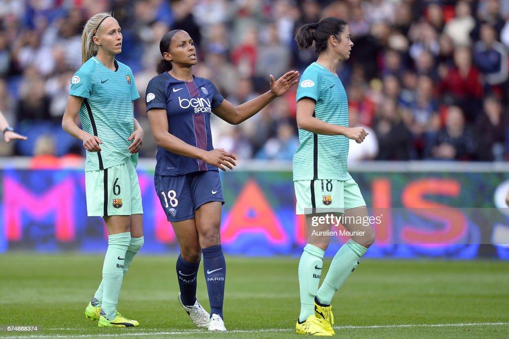 Paris Saint Germain v Barcelona - UEFA Women's Champions League