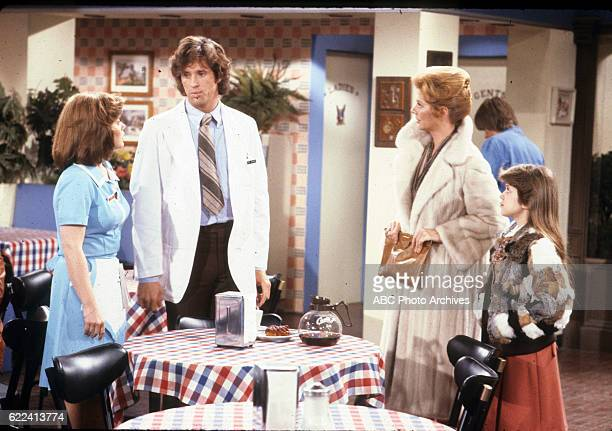 ANGIE 'Marie Moves Out' Airdate February 11 1980 LAUREN