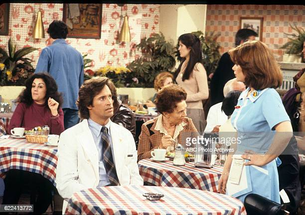 ANGIE 'Marie Moves Out' Airdate February 11 1980 PESCOW