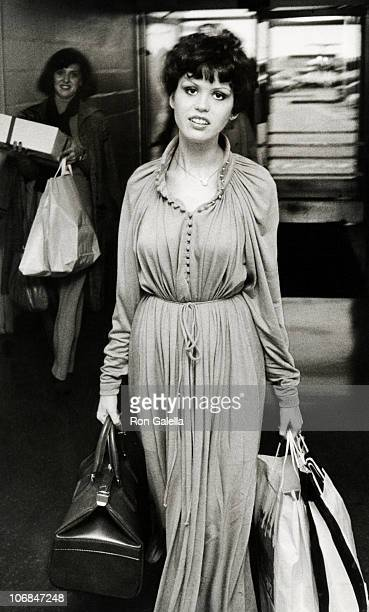 Marie Osmond during Donny and Marie Osmond Departing for Los Angeles from JFK International Airport October 18 1977 at JFK International Airport in...