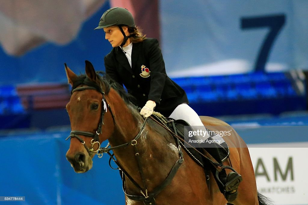 Marie Oteiza of France competes during the riding discipline of the women's final at the modern pentathlon world championships in Moscow, Russia, on May 27, 2016.