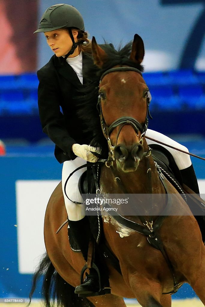 Marie Oteiza of France with horse are seen during the riding discipline of the women's final at the modern pentathlon world championships in Moscow, Russia, on May 27, 2016.