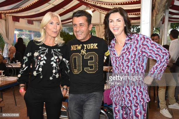 Marie Sara Bourseiller singer Albert Kassabi from Les Forbans and Caroline Barclay attend La Fete des Tuileries on June 23 2017 in Paris France