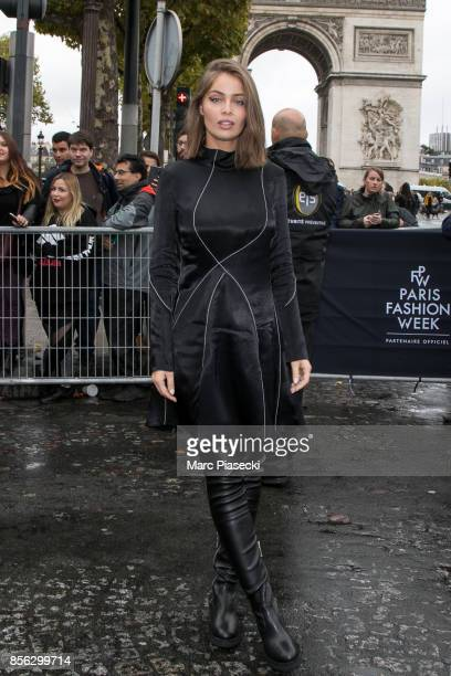 MarieAnge Casta attends Le Defile L'Oreal Paris as part of Paris Fashion Week Womenswear Spring/Summer 2018 at Avenue Des Champs Elysees on October 1...
