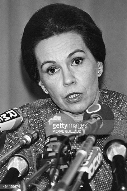 MarieFrance Garaud various rightwing Gaullism candidate for 1981 presidential election gives a press conference at the Lutecia hotel in Paris on...