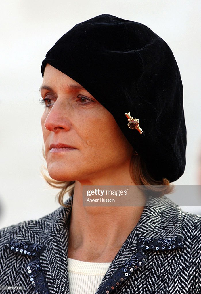 Marie-Laure de Villepin, wife of French Prime Minister <a gi-track='captionPersonalityLinkClicked' href=/galleries/search?phrase=Dominique+de+Villepin&family=editorial&specificpeople=548074 ng-click='$event.stopPropagation()'>Dominique de Villepin</a>, has tears in her eyes as she attends a ceremony to mark the 90th anniversary of the Battle of Vimy Ridge, in which more than 3,500 Canadian troops were killed, in northern France on April 9, 2007. Photo: Anwar Hussein