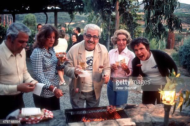 'Mariele Millowitsch Vater Willy Millowitsch Mutter Gerda Millowitsch Peter Millowitsch Urlaub im eigenen Ferienhaus am auf Insel Elba Italien '