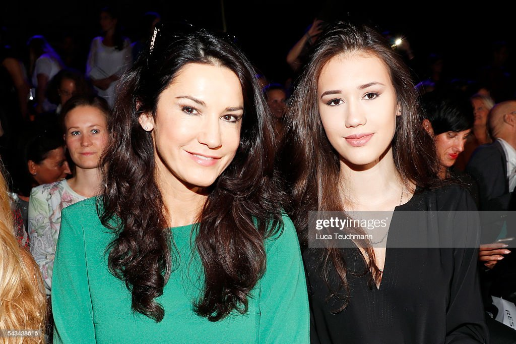 <a gi-track='captionPersonalityLinkClicked' href=/galleries/search?phrase=Mariella+Ahrens&family=editorial&specificpeople=206438 ng-click='$event.stopPropagation()'>Mariella Ahrens</a> (L) and her daughter Isabella attend the Riani show during the Mercedes-Benz Fashion Week Berlin Spring/Summer 2017 at Erika Hess Eisstadion on June 28, 2016 in Berlin, Germany.