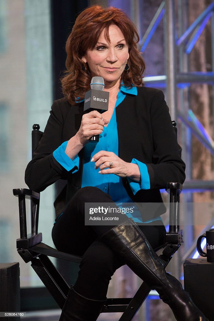 <a gi-track='captionPersonalityLinkClicked' href=/galleries/search?phrase=Marilu+Henner&family=editorial&specificpeople=213140 ng-click='$event.stopPropagation()'>Marilu Henner</a> dicusses 'Changing Normal: How I Helped My Husband Beat Cancer' at AOL Studios In New York on April 29, 2016 in New York City.