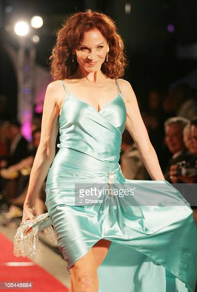 Marilu Henner during Red Carpet'05 Benefiting the Dream Foundation Fashion Show at Pacific Design Center in West Hollywood California United States
