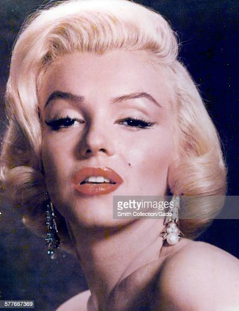 Marilyn Monroe headshot 1950