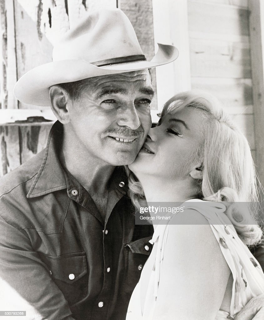 Marilyn Monroe Kissing Clark Gable on the set of 'The Misfits'
