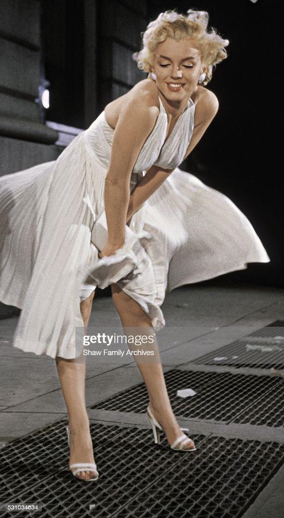 7 year itch white dress 18 24