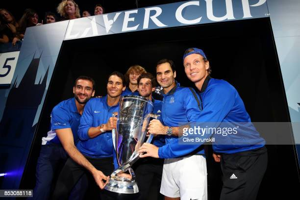 Marin Cilic Rafael Nadal Alexander Zverev Dominic Thiem Roger Federer and Tomas Berdych of Team Europe lift the Laver Cup trophy on the final day of...