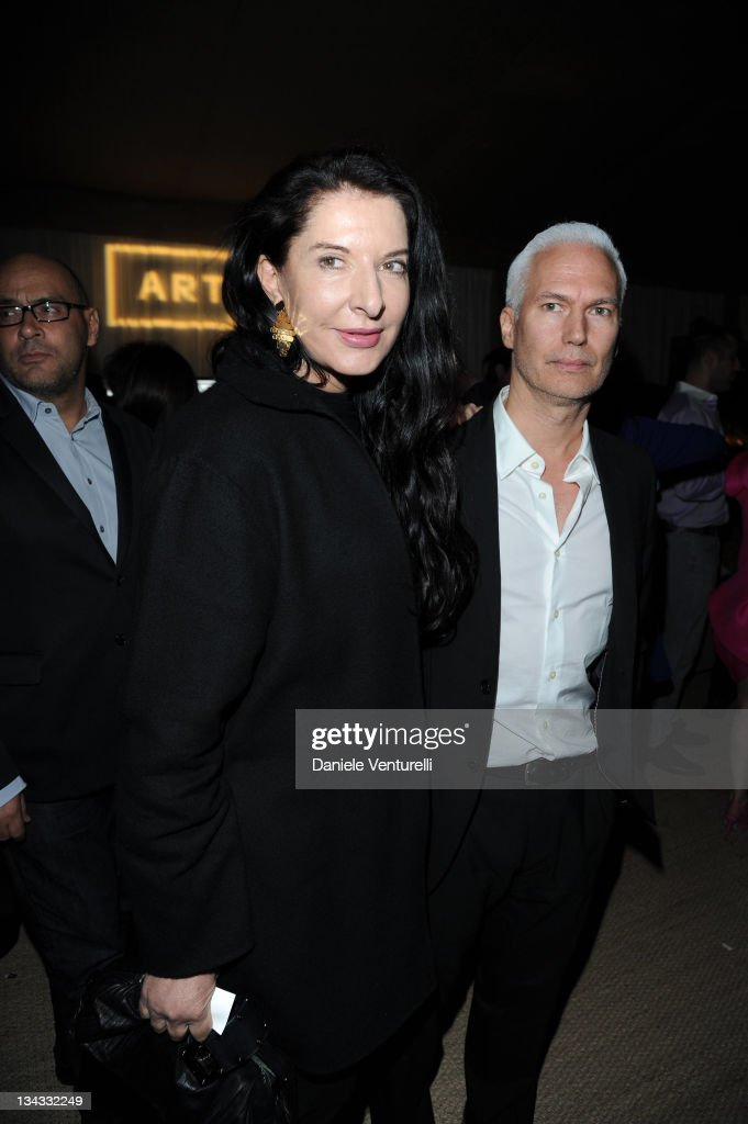 <a gi-track='captionPersonalityLinkClicked' href=/galleries/search?phrase=Marina+Abramovic&family=editorial&specificpeople=2315598 ng-click='$event.stopPropagation()'>Marina Abramovic</a> (L) attends the 'Carter Cleveland, Wendi Murdoch And Dasha Zhukova Host Party' at Soho Beach House on November 30, 2011 in Miami Beach, Florida.