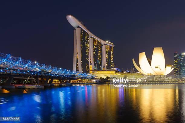 Marina Bay Sands, Singapore skyline at night