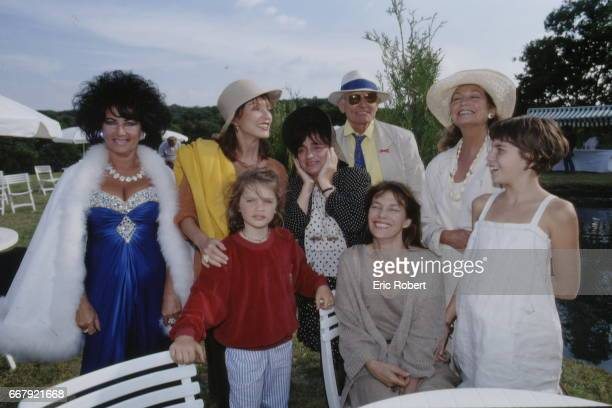 Marina Castelnuovo Liz Taylor Italian lookalike MarieFrance Pisier a young girl French director Agnes Varda X Alexandra Stewart and seated British...