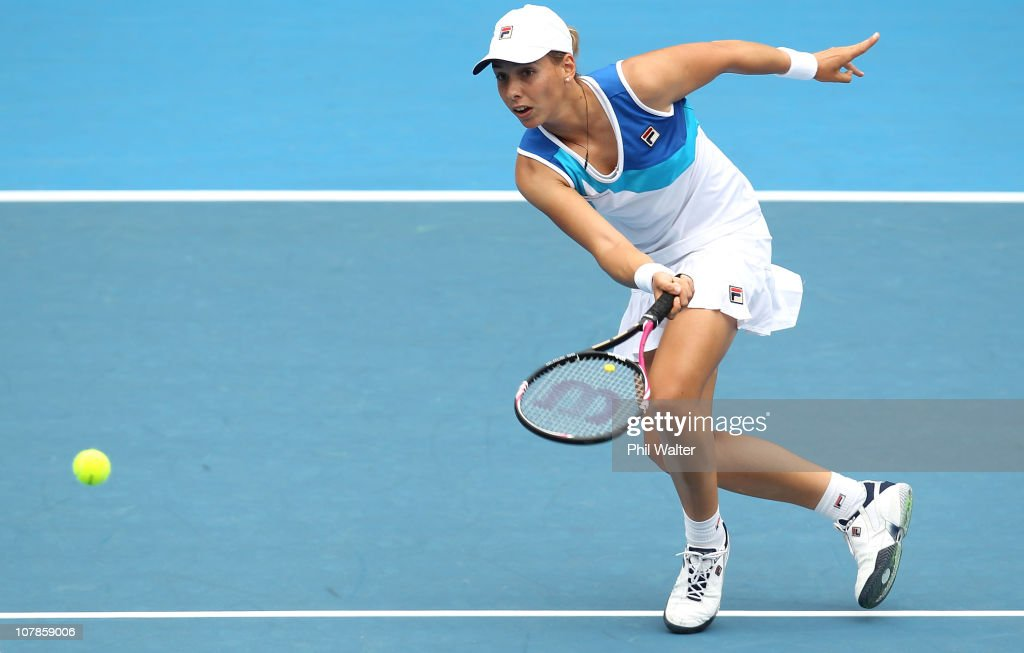Marina Erakovic of New Zealand plays a forehand during her match against Elena Vesnina of Russia during day two of the ASB Classic at the ASB Tennis Centre on January 4, 2011 in Auckland, New Zealand.
