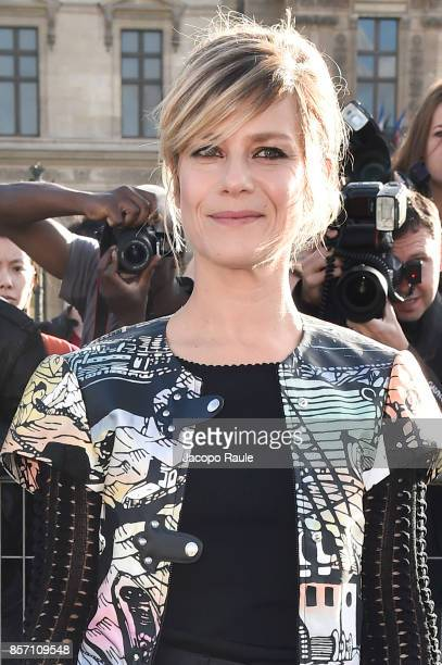 Marina Fois is seen arriving at Louis Vuitton show during Paris Fashion Week Womenswear Spring/Summer 2018 on October 3 2017 in Paris France