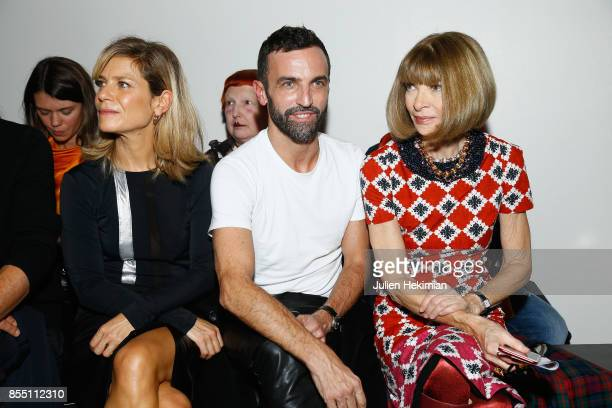 Marina Fois Nicolas Ghesquiere and Anna Wintour attend the Paco Rabanne show as part of the Spring Summer 2018 Womenswear Show at Grand Palais on...