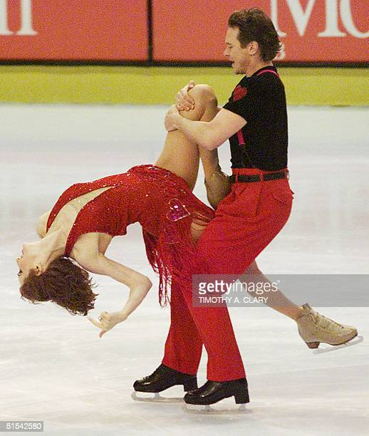 Marina Klimova and Sergei Ponomarenko of Russia perform their bronze medal artistic dance performance at the Olympic Center 19 February 2000 during...