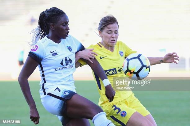 Marina Makanza of Paris FC and Laure Boulleau of PSG during the women's Division 1 match between Paris FC and Paris Saint Germain on October 15 2017...
