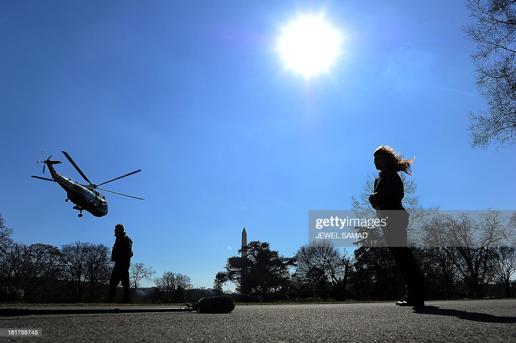 Marine One helicopter with US President Barack Obama on board leaves the White House in Washington on February 15, 2013. Obama travels to Chicago to give a speech on the economy. AFP PHOTO/Jewel Samad