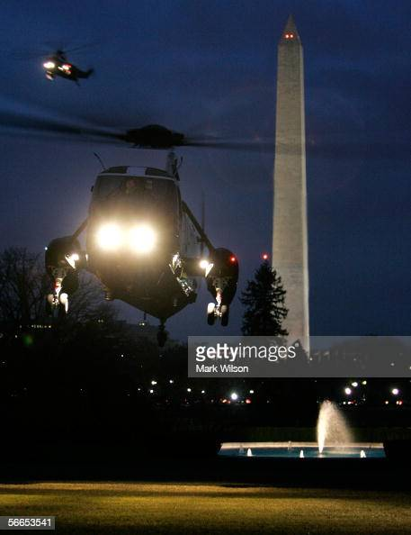 Marine One transporting US President George W Bush lands on the South Lawn at the White House January 23 2006 in Washington DC Bush traveled to...