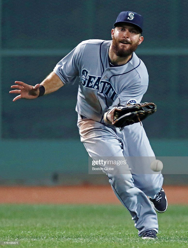 mariners-center-fielder-dustin-ackley-ma