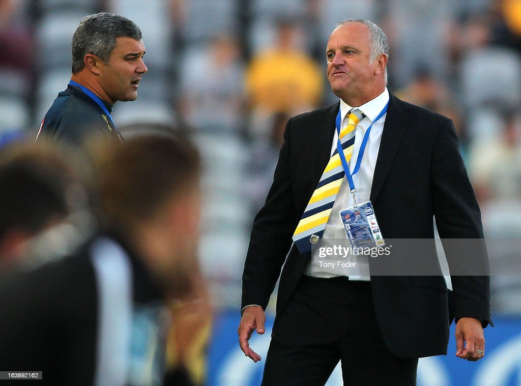 Mariners coach <a gi-track='captionPersonalityLinkClicked' href=/galleries/search?phrase=Graham+Arnold&family=editorial&specificpeople=545662 ng-click='$event.stopPropagation()'>Graham Arnold</a> reacts during the round 25 A-League match between the Central Coast Mariners and the Brisbane Roar at Bluetongue Stadium on March 17, 2013 in Gosford, Australia.