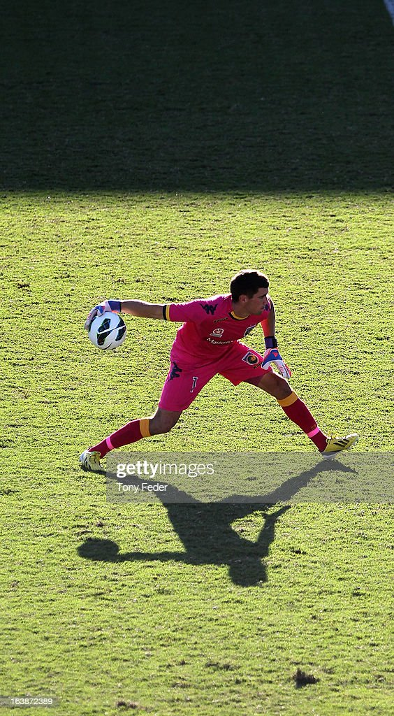 Mariners goalkeeper Mathew Ryan throws the ball out from goal during the round 25 A-League match between the Central Coast Mariners and the Brisbane Roar at Bluetongue Stadium on March 17, 2013 in Gosford, Australia.