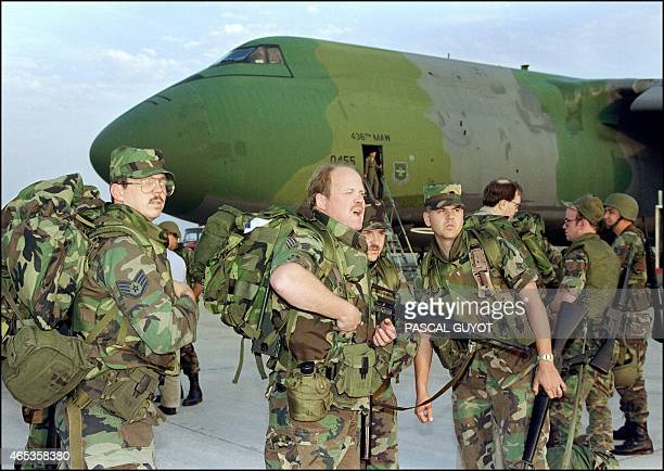 US Marines from California arrive 27 November 1991 at Saudi Dhahran air base Iraq's invasion of Kuwait 02 August 1990 ostensibly over violations of...