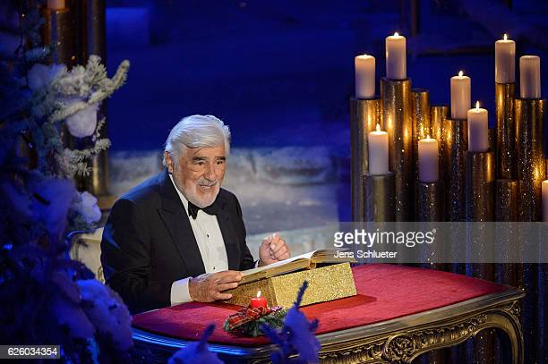 Mario Adorf is seen on stage during the tv show 'Das Adventsfest der 100000 Lichter' on November 26 2016 in Suhl Germany