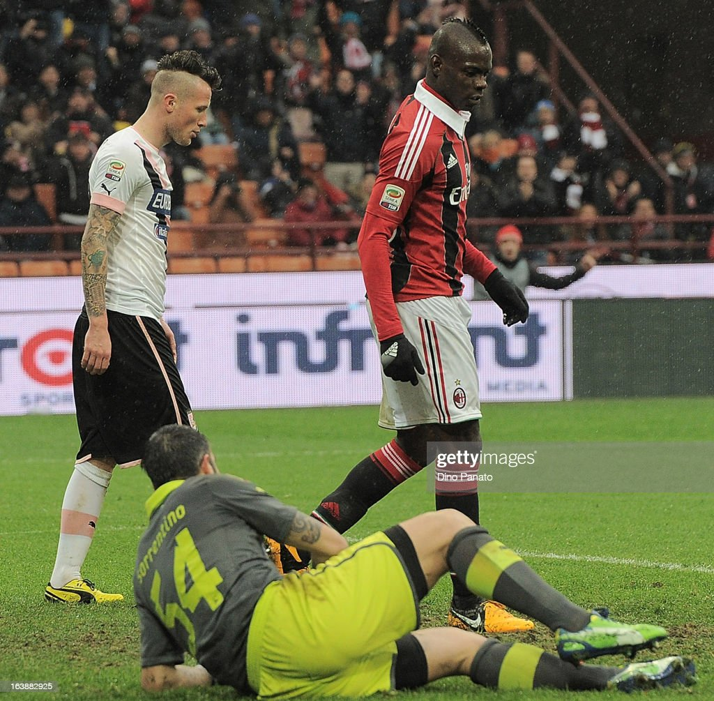 Mario Balotelli of AC Milan celebrates after scoring his team's second goal during the Serie A match between AC Milan and US Citta di Palermo at San Siro Stadium on March 17, 2013 in Milan, Italy.