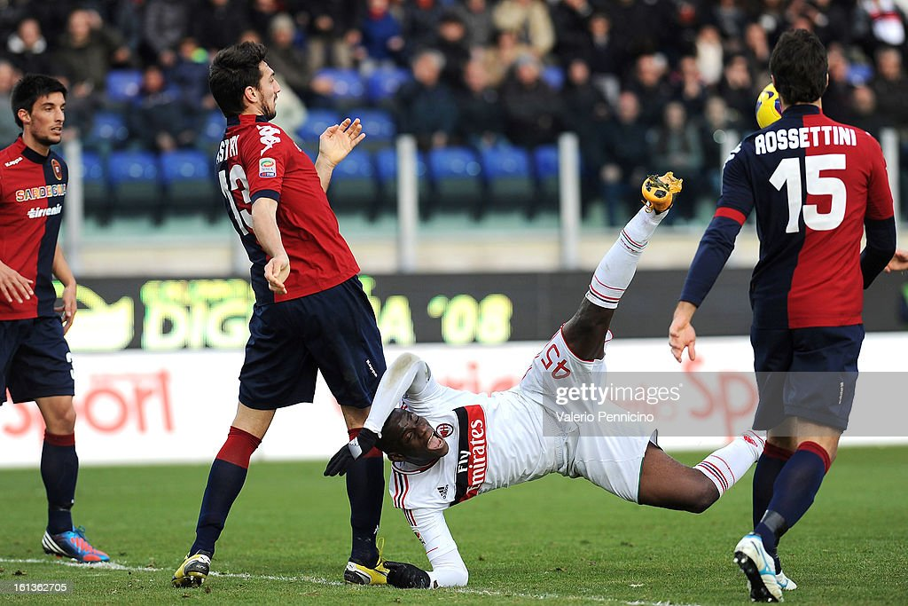 <a gi-track='captionPersonalityLinkClicked' href=/galleries/search?phrase=Mario+Balotelli&family=editorial&specificpeople=4940446 ng-click='$event.stopPropagation()'>Mario Balotelli</a> of AC Milan in action during the Serie A match between Cagliari Calcio and AC Milan at Stadio Is Arenas on February 10, 2013 in Cagliari, Italy.