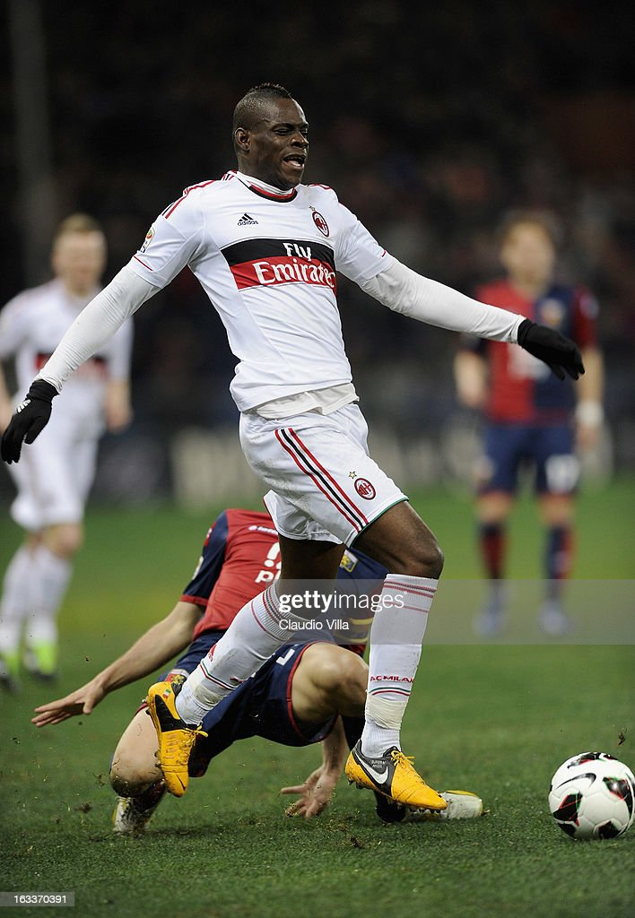 Mario Balotelli of AC Milan in action during the Serie A match between Genoa CFC and AC Milan at Stadio Luigi Ferraris on March 8, 2013 in Genoa, Italy.
